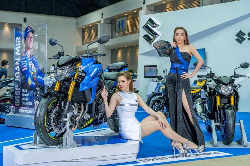 Ngắm dàn siêu mẫu cực nóng bỏng tại triển lãm Bangkok International Motor Show 2021 - Ảnh 20
