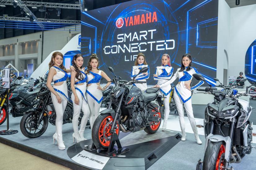 Ngắm dàn siêu mẫu cực nóng bỏng tại triển lãm Bangkok International Motor Show 2021 - Ảnh 21