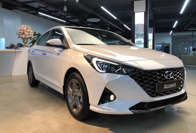 Nóng tuần qua: Dịch Covid-19 phức tạp, các đại lý ô tô vắng khách; VinFast đời 2020 khan hàng vì ưu đãi lớn - Ảnh 3