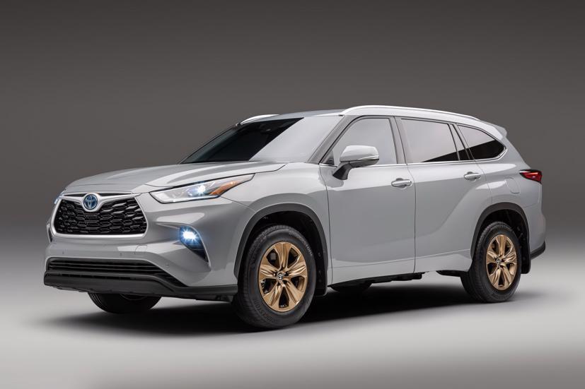Ngắm Toyota Highlander 2022 phiên bản đặc biệt màu vàng đồng - Ảnh 13