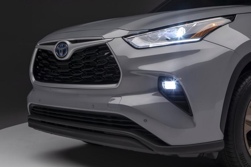 Ngắm Toyota Highlander 2022 phiên bản đặc biệt màu vàng đồng - Ảnh 3