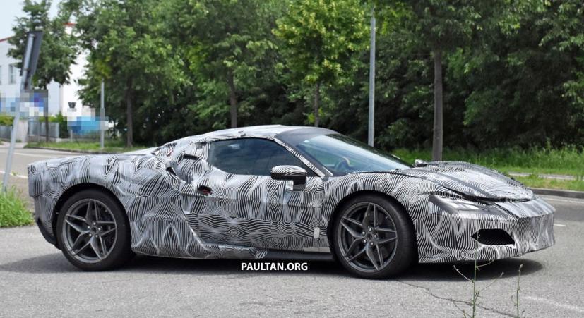 Lộ diện hình ảnh Ferrari V6 hybrid chạy thử nghiệm trên đường - Ảnh 4