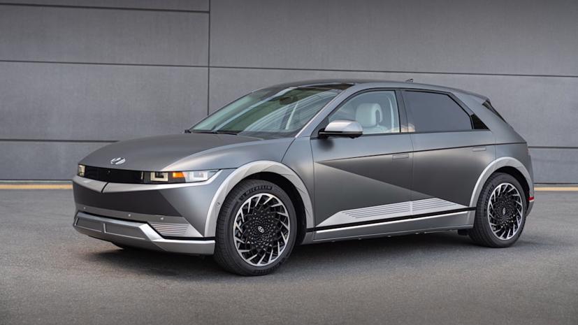 Hãng xe Hàn Quốc sẽ cho khách hàng lái thử 3 tháng trước khi mua mẫu xe điện Ioniq5.