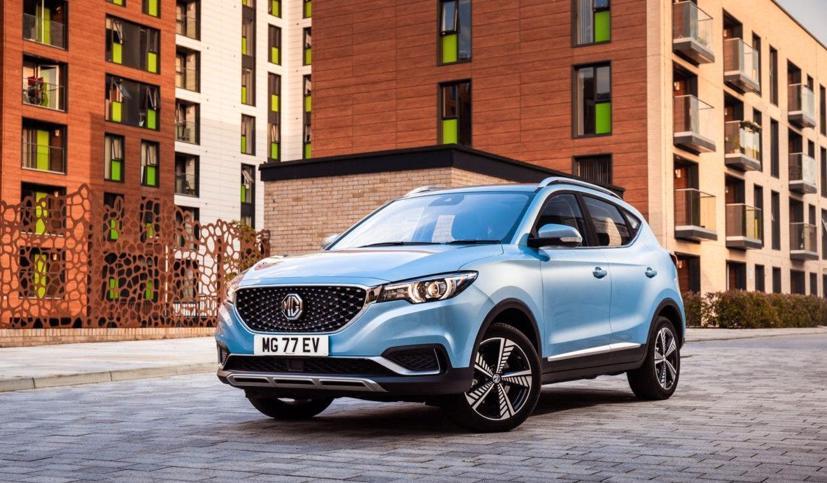 MG đang có chiến dịch cho phép khách hàng lái thử mẫu xe điện MG, và khách hàng sẽ được giảm 750 bảng Anh (gần 25 triệu đồng) khi mua chiếc xe đó.