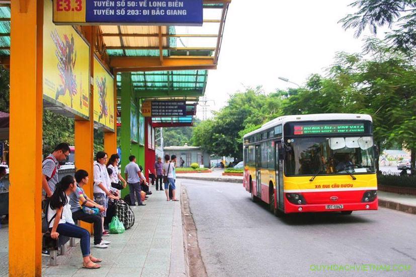 Hà Nội: Phòng dịch Covid-19, giảm 15% lượt xe bus - Ảnh 1