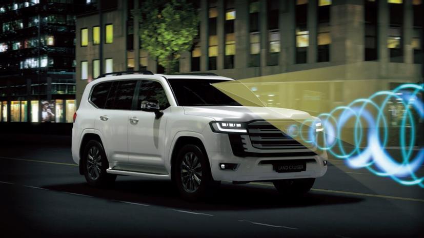 Toyota Land Cruiser 2022 mới chính thức ra mắt: Thay đổi thiết kế, giảm trọng lượng, động cơ mới - Ảnh 8