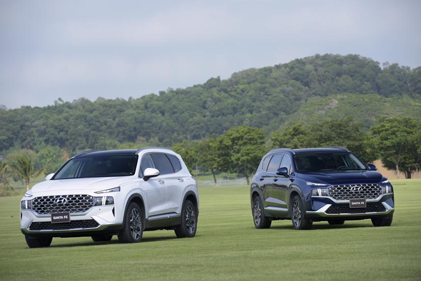 Trong số những mẫu xe phổ biến của Hyundai tại Việt Nam, chỉ có Hyundai Santa Fe đạt mức tăng trưởng dương so với tháng trước.