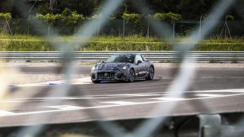 2022 Maserati GranTurismo hoàn toàn chạy điện lần đầu tiên lộ mặt - Ảnh 4