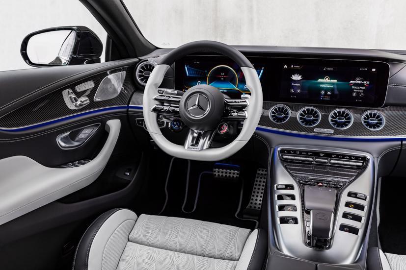 Mercedes-AMG GT 4 cửa Coupe 2022 Facelift: Nâng cấp tinh tế, tăng tính thực dụng - Ảnh 9