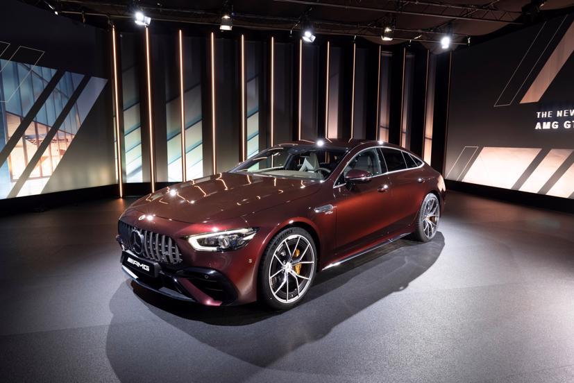 Mercedes-AMG GT 4 cửa Coupe 2022 Facelift: Nâng cấp tinh tế, tăng tính thực dụng - Ảnh 1