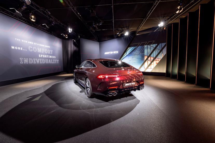Mercedes-AMG GT 4 cửa Coupe 2022 Facelift: Nâng cấp tinh tế, tăng tính thực dụng - Ảnh 3