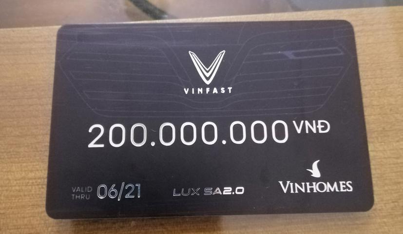 Xôn xao VinFast Lux A2.0 được ưu đãi cả trăm triệu đồng tại đại lý - Ảnh 2