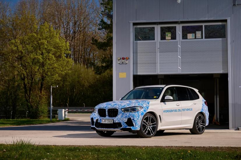 BMW i Hydrogen Next chạy pin hydro lộ diện trên đường - Ảnh 5