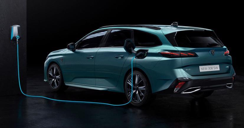 Peugeot 308 SW 2022 ra mắt: Trục cơ sở dài hơn, khoang hành lý 608 lít - Ảnh 11