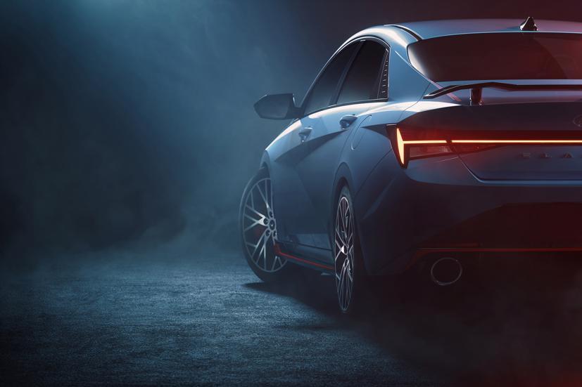 Hé lộ hình ảnh Hyundai Elantra N 2022 trước giờ mắt toàn cầu - Ảnh 1