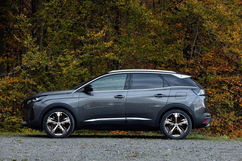 """SUV """"phong cách châu Âu"""" New Peugeot 3008 ra mắt thị trường  Việt - Ảnh 1"""