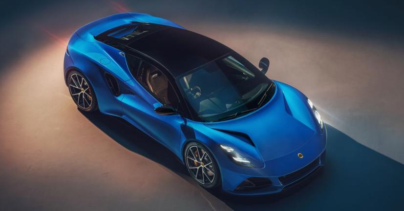 Lộ diện Lotus Emira 2022: Mẫu xe chạy động cơ đốt trong cuối cùng của Lotus - Ảnh 1