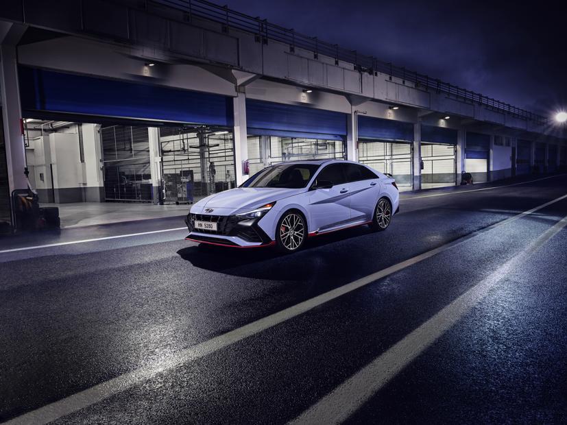 Chi tiết Hyundai Elantra N 2022 vừa chính thức ra mắt - Ảnh 2