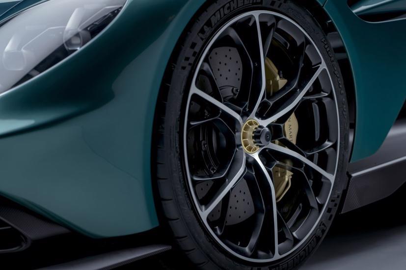 Aston Martin Valhalla bản thương mại trình làng: Siêu phẩm công suất 950 mã lực - Ảnh 4