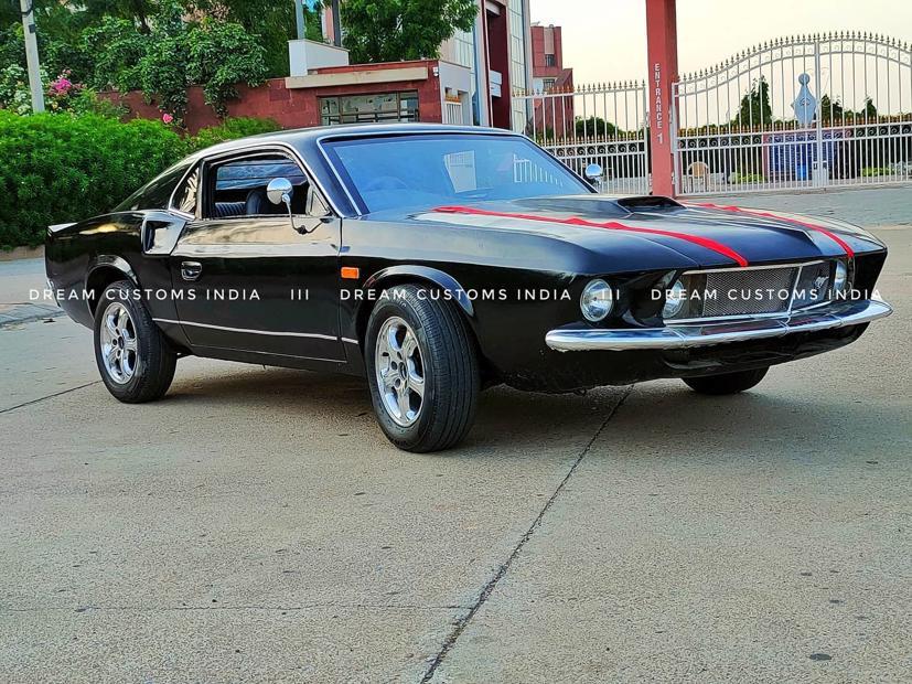 """Hyundai Accent """"biến hoá"""" thành Ford Mustang 1969 - Ảnh 1"""