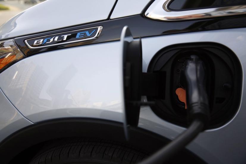 GM triệu hồi toàn bộ xe điện Bolt - Ảnh 1
