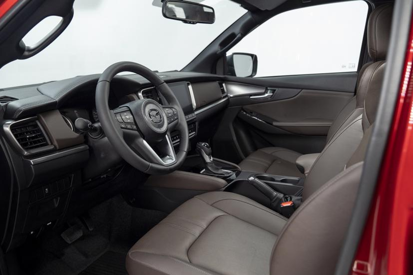 All new Mazda BT-50 giá từ 659 triệu đồng, ưu đãi 20 triệu đồng nếu đặt mua sớm - Ảnh 4