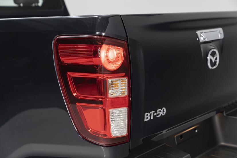 All new Mazda BT-50 giá từ 659 triệu đồng, ưu đãi 20 triệu đồng nếu đặt mua sớm - Ảnh 2