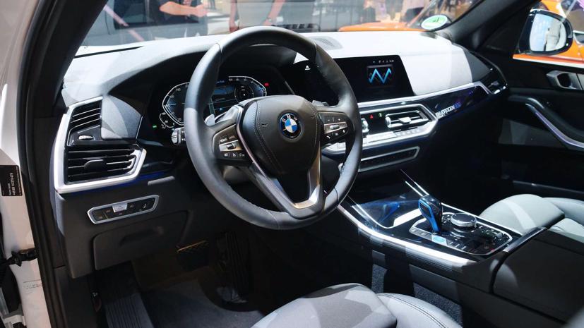 BMW trình diễn mẫu SUV chạy pin nhiên liệu hydro iX5 tại triển lãm Munich - Ảnh 3