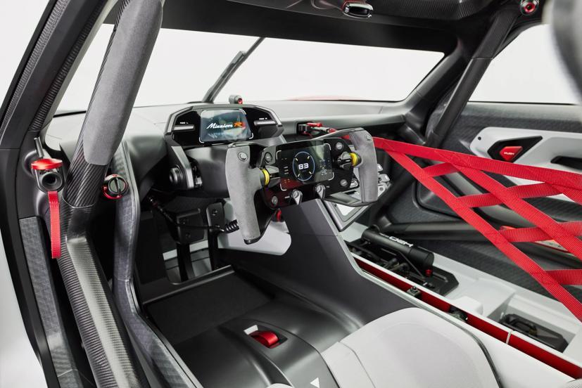 Porsche tiết lộ concept xe đua chạy hoàn toàn bằng điện - Ảnh 9