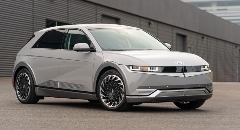 Hyundai Kona EV có thể trở thành thành viên của đội hình xe điện Ioniq - Ảnh 1