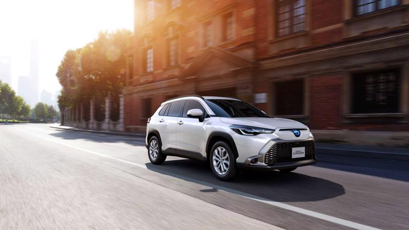 Toyota Corolla Cross 2022 ra mắt tại quê nhà Nhật Bản - Ảnh 5