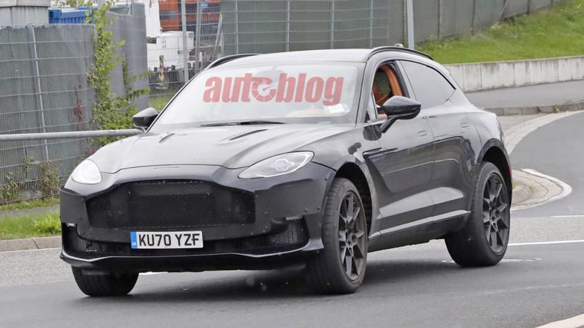 Hé lộ hình ảnh siêu SUV Aston Martin DBX có thể sở hữu động cơ mạnh hơn  - Ảnh 1