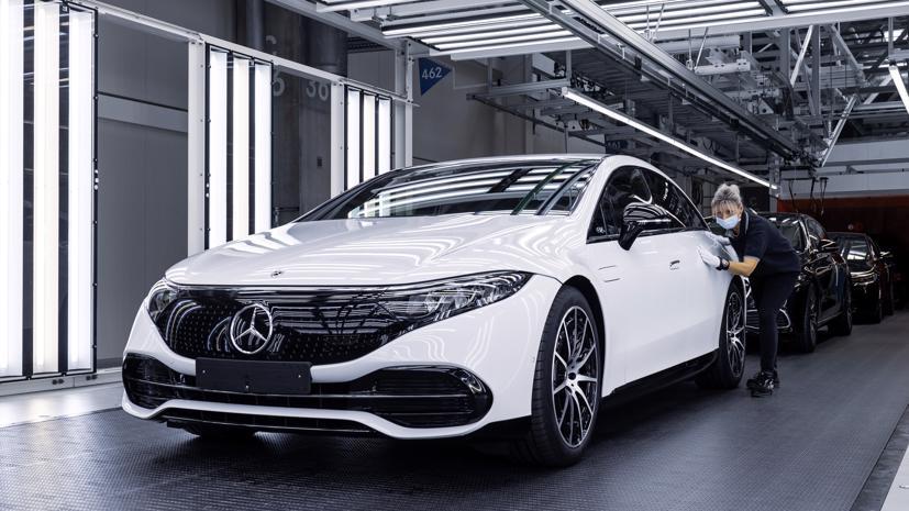 Hãng xe sang Đức đã dừng phát triển xe hybrid sạc điện để tập trung nguồn lực làm xe điện thuần túy.