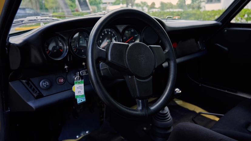 Xe đua cực hiếm của trùm ma tuý Pablo Escobar được rao bán - Ảnh 2