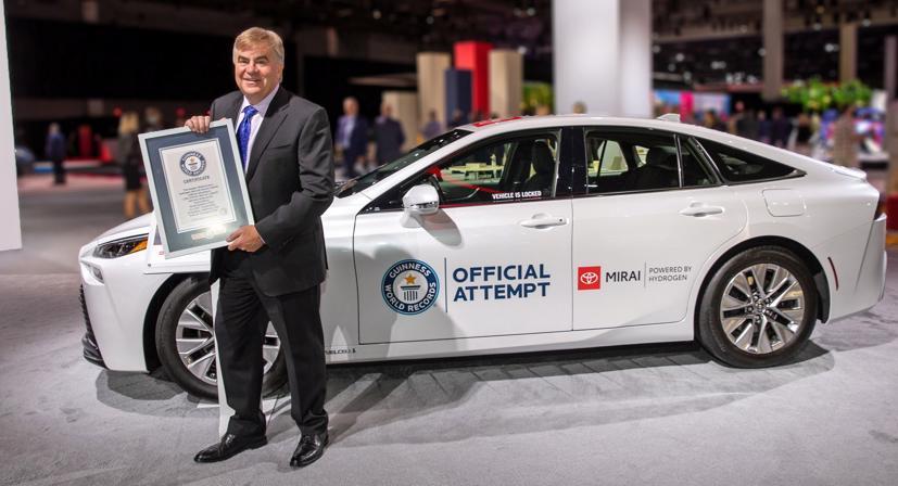 Toyota Mirai lập kỷ lục Guinness - Ảnh 1