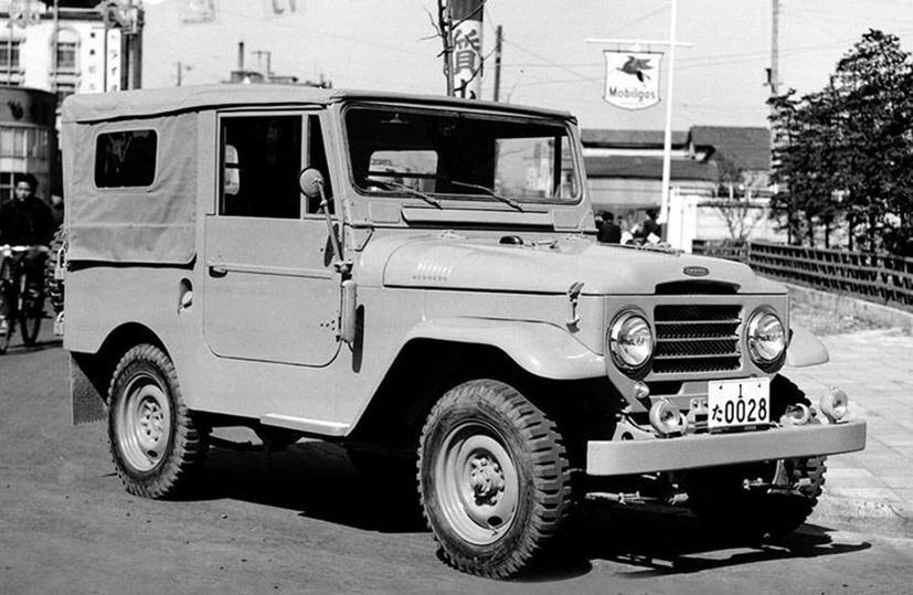 """Hành trình """"tiến hóa"""" của huyền thoại Toyota Land Cruiser - Ảnh 1"""