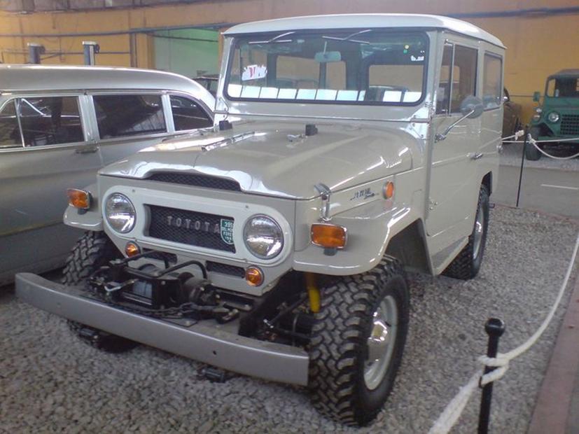 """Hành trình """"tiến hóa"""" của huyền thoại Toyota Land Cruiser - Ảnh 3"""