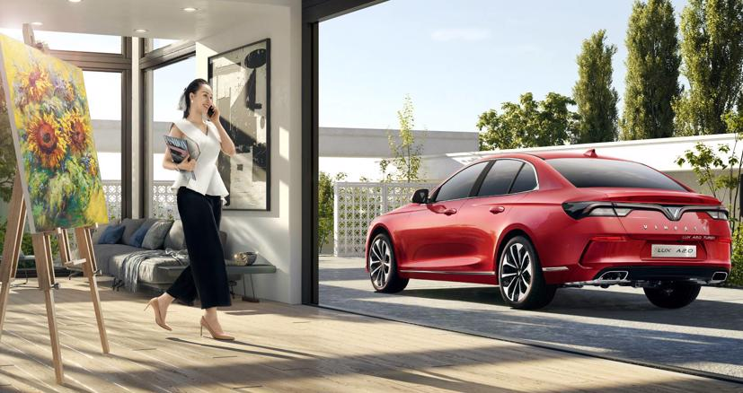 Giá xe VinFast Lux A2.0 chỉ còn thấp nhất từ hơn 851 triệu đồng sau ưu đãi, một mức giá rất cạnh tranh so với mức giá khởi điểm hơn 1 tỷ của Toyota Camry.